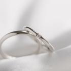 プラチナの結婚指輪って?キレイな発色とハイステータスの気品