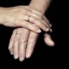 義母が自分より先に結婚指輪をつけちゃった……