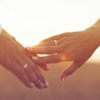 結婚指輪が夢に出てきた!どんな意味がある?!