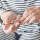 指輪の映える美しいネイルの作り方