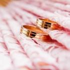 女性に大人気!ピンクゴールドの結婚指輪で指先から可愛くなろう
